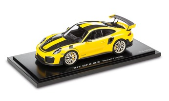 911 GT2 RS, mit Weissach package, racing yellow/black 1:18 - Limited Edition