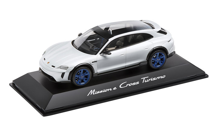 1:18 Model Car | Mission E Cross Turismo in Crayon