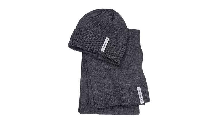 帽子とスカーフのセット