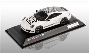 911 (991 II) Carrera S Endurance Racing Edition, weiß, 1:43
