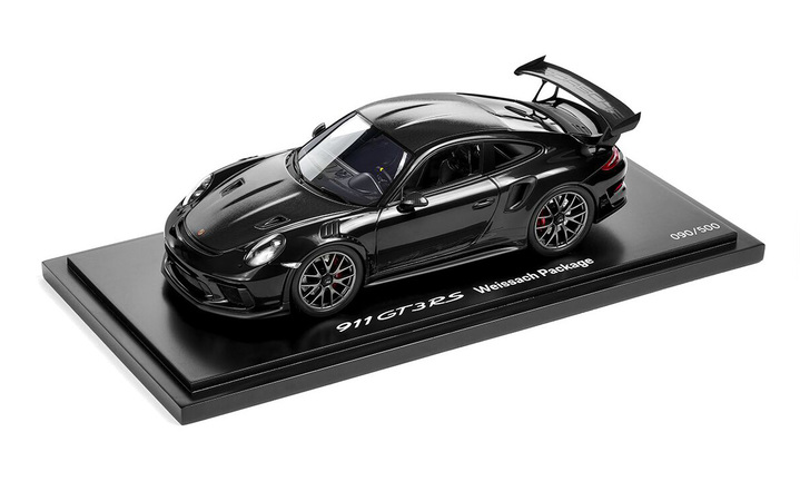 GT3 RS Weissach Pack Black 1:18