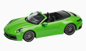 911 C4S 992 Cabriolet, 1:18